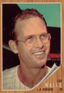 Lee Walls' 1962 card