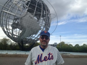 Matt Harvey was not the only man in a Mets jersey to have the whole world in his back pocket Tuesday night.