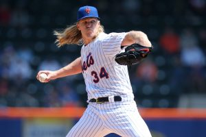 Noah Syndergaard pitching